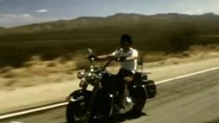 2001年リリース シングル「ロケット」ミュージックビデオ。 オフィシャ...