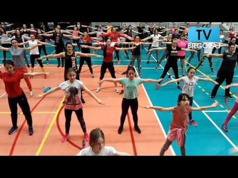 sportowy dzień kobiet, dzień kobiet, osir biłgoraj, ośrodek sportu i rekreacji w biłgoraju, eliza rafał, sport biłgoraj, Katarzyna Dziurska, fitness, zajęcia sportowe, zumba,
