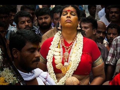 Kodungallur Bharani Paattu (Ritual of abuse at the goddess in bawdy language & songs)