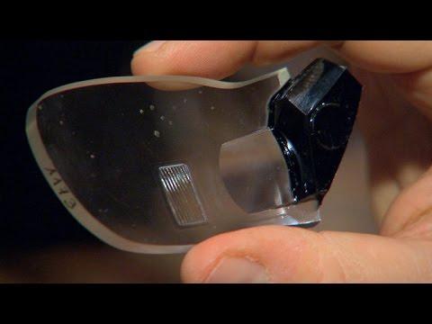 Carl Zeiss Optics made a pair of smart glass frames that looks normal