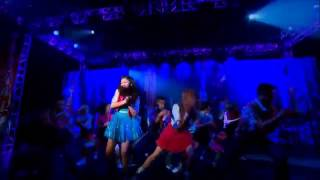 Baixar - Bella Thorne And Zendaya Made In Japan Shake It Up Official Music Video Hd Grátis