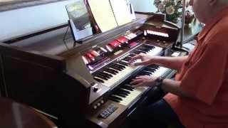 Baldwin Pro Organ Gershwin tune  played by Bob Jennings