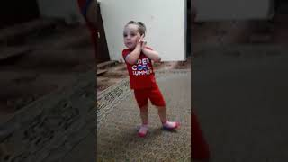 АРАМ ЗАМ ЗАМ - Песни Для Детей.  Как танцует моя сестричка!!