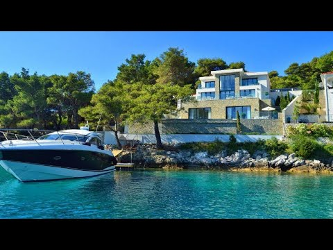 Beautiful seafront villa on the island of Brac, Croatia