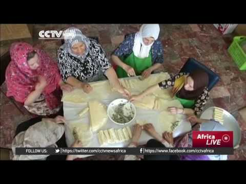 Charity in Algeria provides meals for people in need