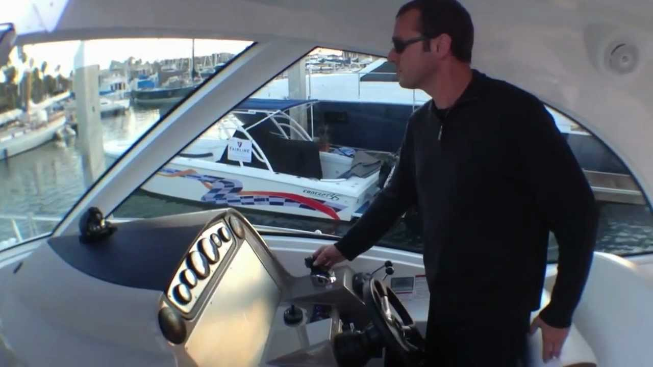 Bigboatben driving a Volvo IPS pod drive Cruisers Yachts 420 Sport Coupe - YouTube