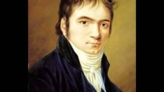 Beethoven-Sonate Au clair de lune 3mouvt