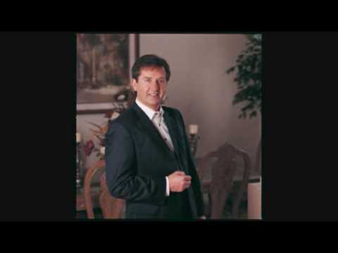 Daniel O'Donnell - I Watch the Sunrise (Close to You)