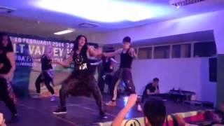 Alina Duma Zumba(r)-Dancehall/Gal a Bubble/
