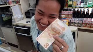 Tayland Bangkokta Marketteki Kasiyere Türk Parası Uzattım :) izleyin