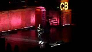 Chris Brown preforming Thriller live(GOOD QUALITY)