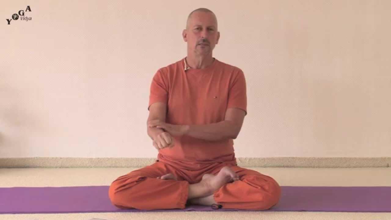 Kriya Yoga Energization Exercises With Swami Bodhichitananda Youtube