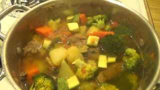 Caldo De Res Con Vegetales. Sopa De Res - Beef Stew