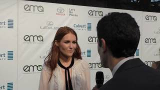 Darby Stanchfield (Scandal) Chicken vs Salad?
