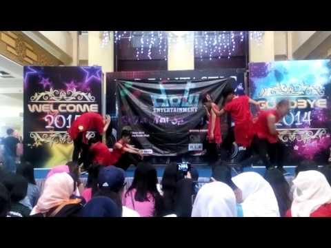 UNEXPECT (INFINITE Dance Cover) - Intro + Destiny + Back Mixing @Bandung Trade Mall (BTM)