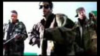 Play Crunk Muzik (feat. Juelz Santana and Cam'ron)