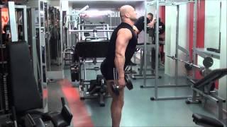 Упражнения с гантелями. Как накачать дельты и ноги в домашних условиях.(Комплекс упражнений с гантелями для дома, чтобы накачать мышцы плеч - дельты, а так же мыщцы ног. Программа..., 2011-02-25T02:24:06.000Z)
