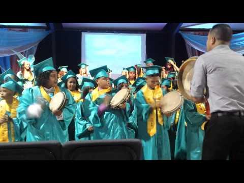 Clase Graduanda 2015 Esc. Camilo Valles Matienzo