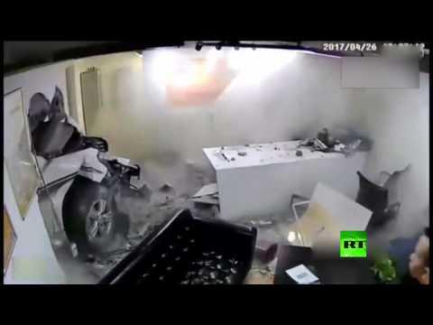 كاميرات المراقبة تسجل لحظة مقتل شرطية أثناء حادث دهس مروع في بكين  - نشر قبل 3 ساعة