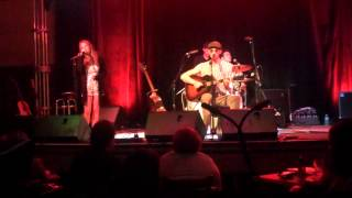 "Lucie Silvas singing ""All I have to do is Dream"" with the amazing Ben Taylor"