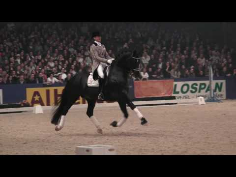Totilas and Edward Gal - KWPN Hengstenkeuring 2010 Den Bosch HD 1080i