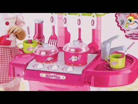 Детская кухня-чемодан. Готовим ужин. Игровой набор / Kitchen suitcase, play set for girls