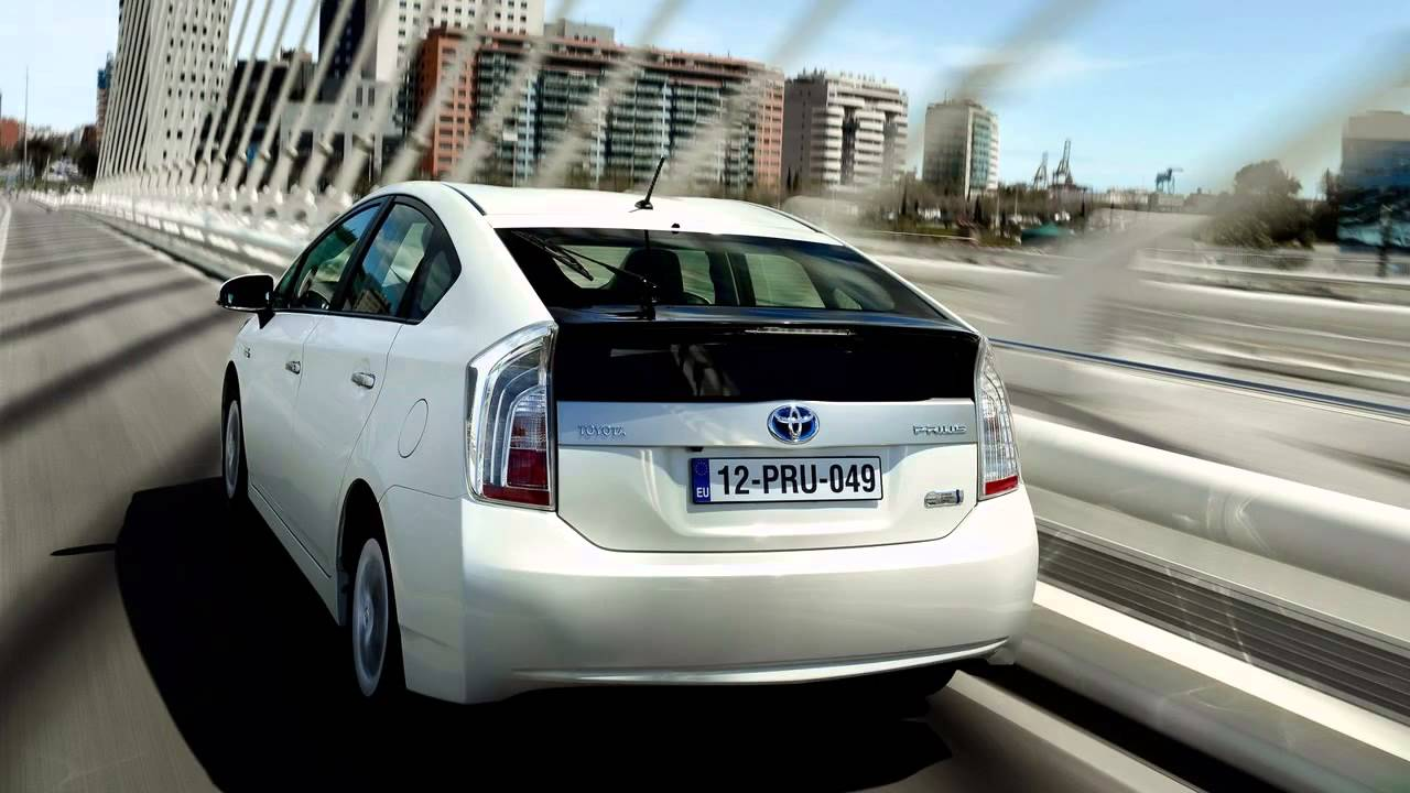 toyota prius plug in hybrid 2013 youtube. Black Bedroom Furniture Sets. Home Design Ideas