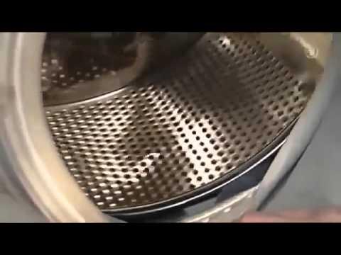 Как стиральная машинка ворует носки видео