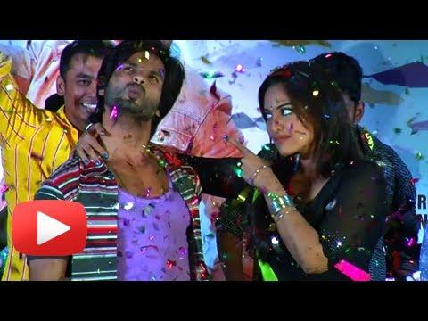 Mat Maari Song ft.Shahid Kapoor Sonakshi Sinha - R...Rajkumar