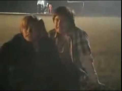 Dylan & Cole Sprouse - Behind The Scenes Of Kings Of Appletown Part 8
