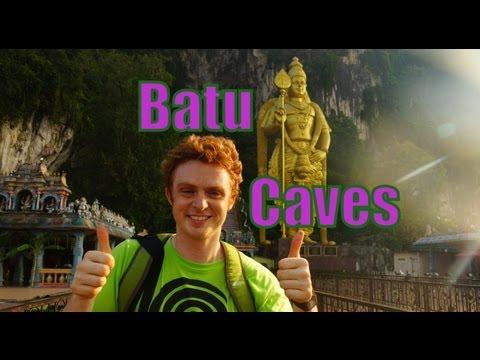 VISITING THE BATU CAVES + EATING INDIAN FOOD - Kuala Lumpur, Malaysia