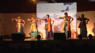 Mono mor megher Sangi - Dance performance by Bango Sangho members