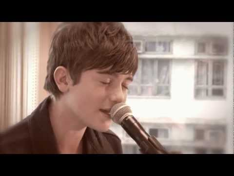 Greyson Chance - Waiting Outside the Lines (Live)