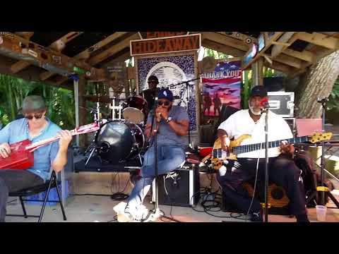 Frank Bang & the Cook County Kings Frannipalooza blues at Earl's
