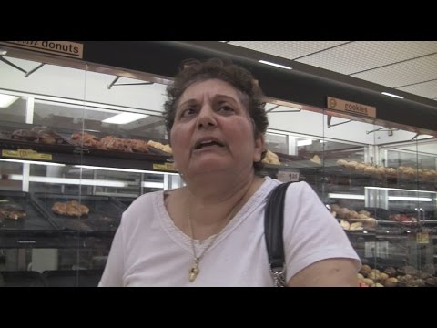 Angelo's Mom Goes to Shoppers Food Warehouse