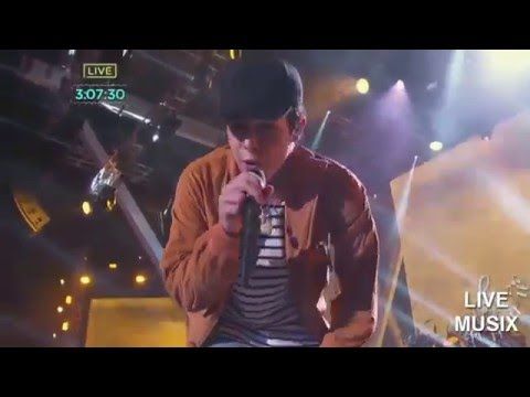 Austin Mahone - Dirty work (Live 2015 Pitbull New Year's Eve in Miami,Florida)