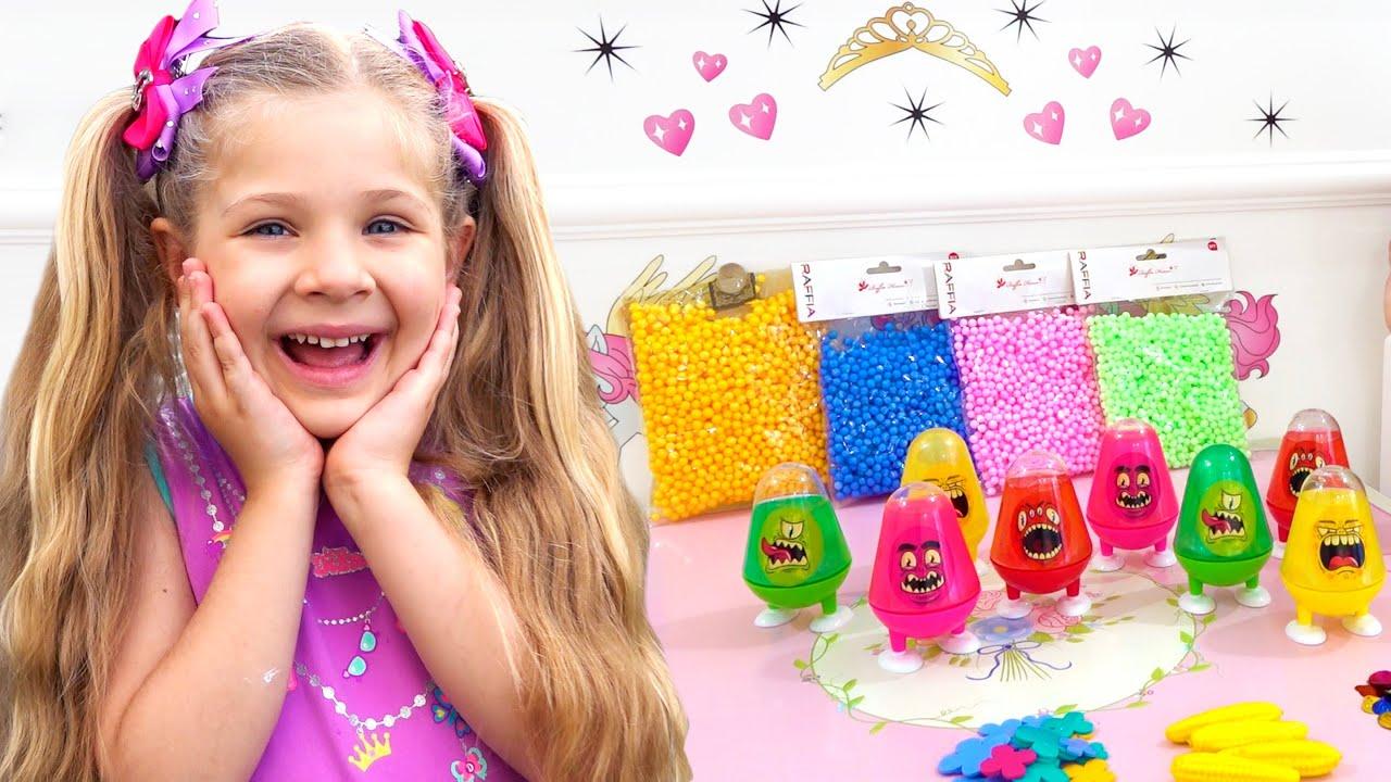 Diana se Diverte com os Doces de Brinquedo – Vídeo com Surpresas e Brinquedos para as Crianças