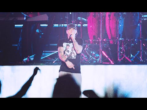Eminem @ Squamish Valley Music Festival 2014 in Vancouver, Canada (Full Concert)