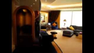 Burj Al Arab Suite (the world's most luxurious hotel)