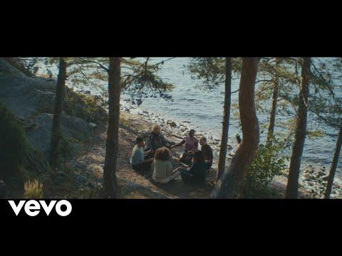 Смотреть клип Ina Wroldsen - Haloes