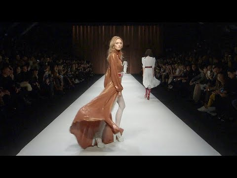 Elisabetta Franchi | Fall Winter 2018/2019 Full Fashion Show | Exclusive