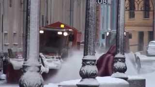 Уборка снега в Петербурге(, 2015-01-13T11:47:39.000Z)