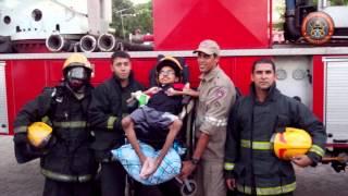 Adolescente realiza o sonho de ser bombeiro por um dia