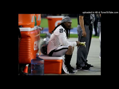 Marshawn Lynch Sits During Raiders Preseason National Anthem