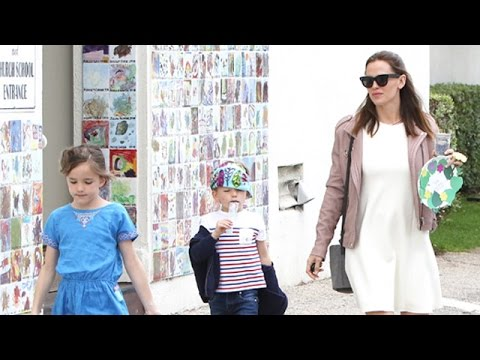 Jennifer Garner And Children Celebrate Mother's Day Without Ben