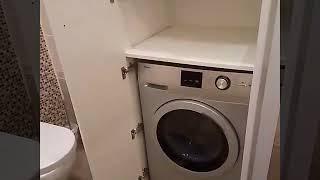видео Стиральная машина в ванной - как поставить или спрятать