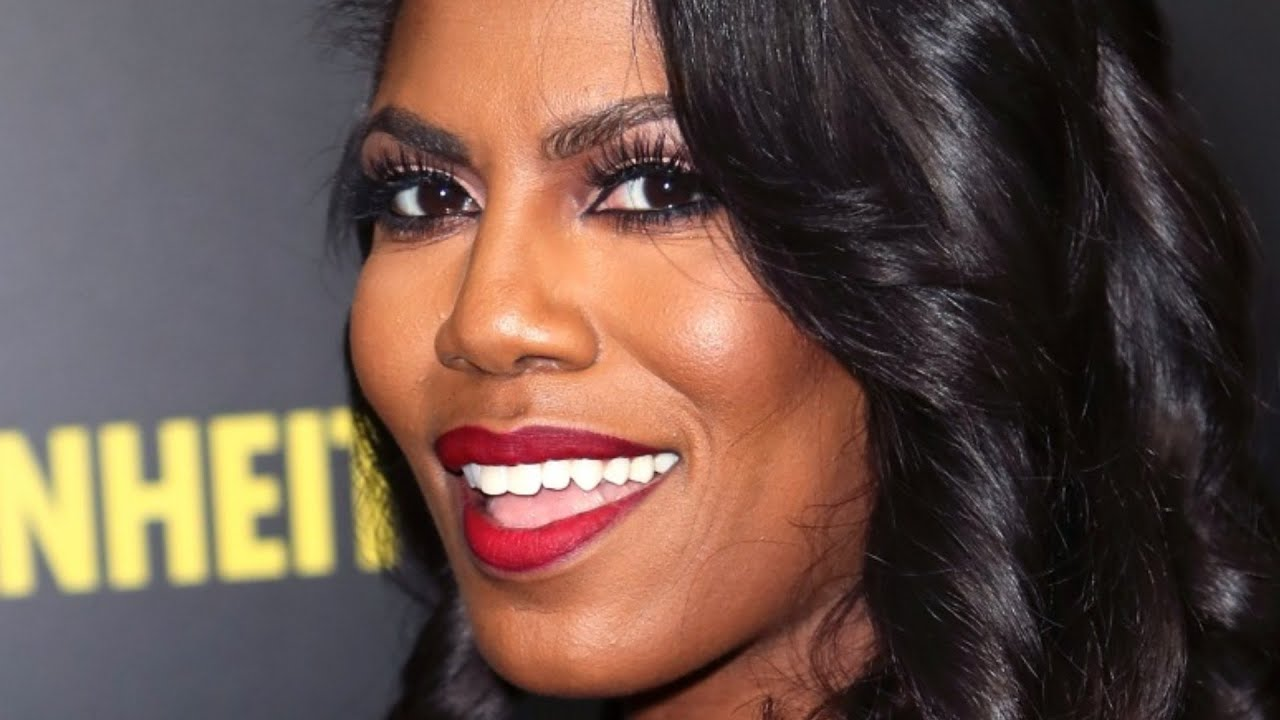 Omarosa Turns Heads With Comments On Donald And Melania's Marriage