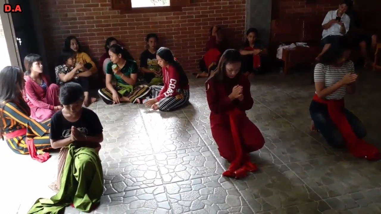 Melatih calon penari baru DEWI ARUM_ Ada yang keci juga Lohhh_ Part 3