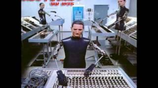 Kraftwerk - Prolog Im Himmel & Kometenmelodie 1 (UK 1975. Live)