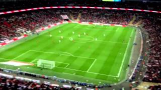 PAPER AIRPLANE TRICK SHOT launched from TOP of stadium hits a player! England vs Peru